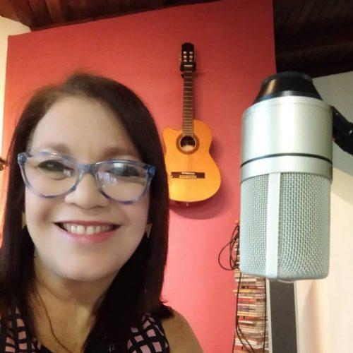 Carolina Marín, comunicadora y fundadora de Artmónico Estudios