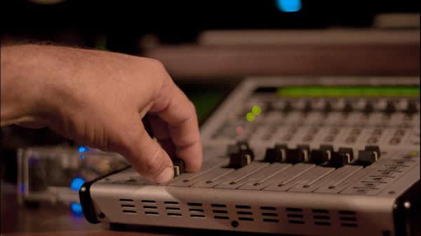 """""""Un músico debe tener conocimientos integrales de sonido, producción y grabación de sus propuestas musicales"""""""
